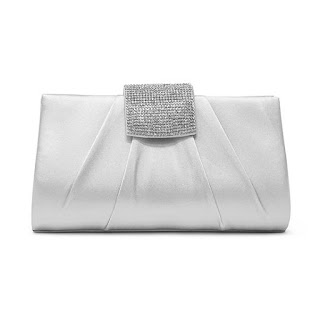 https://www.jcpenney.com/p/gunne-sax-by-jessica-mcclintock-elina-evening-bag/ppr5007933939?pTmplType=regular&deptId=dept20020540052&catId=cat1007450013&urlState=%2Fg%2Fshops%2Fshop-all-products%3Fs1_deals_and_promotions%3DCLEARANCE%26id%3Dcat1007450013&page=12&productGridView=medium&badge=fewleft&cm_re=ZG-_-grid-_-CLEARANCE_ALL%7C8