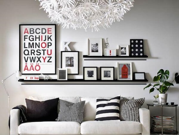 photo frame on a bench in the living room