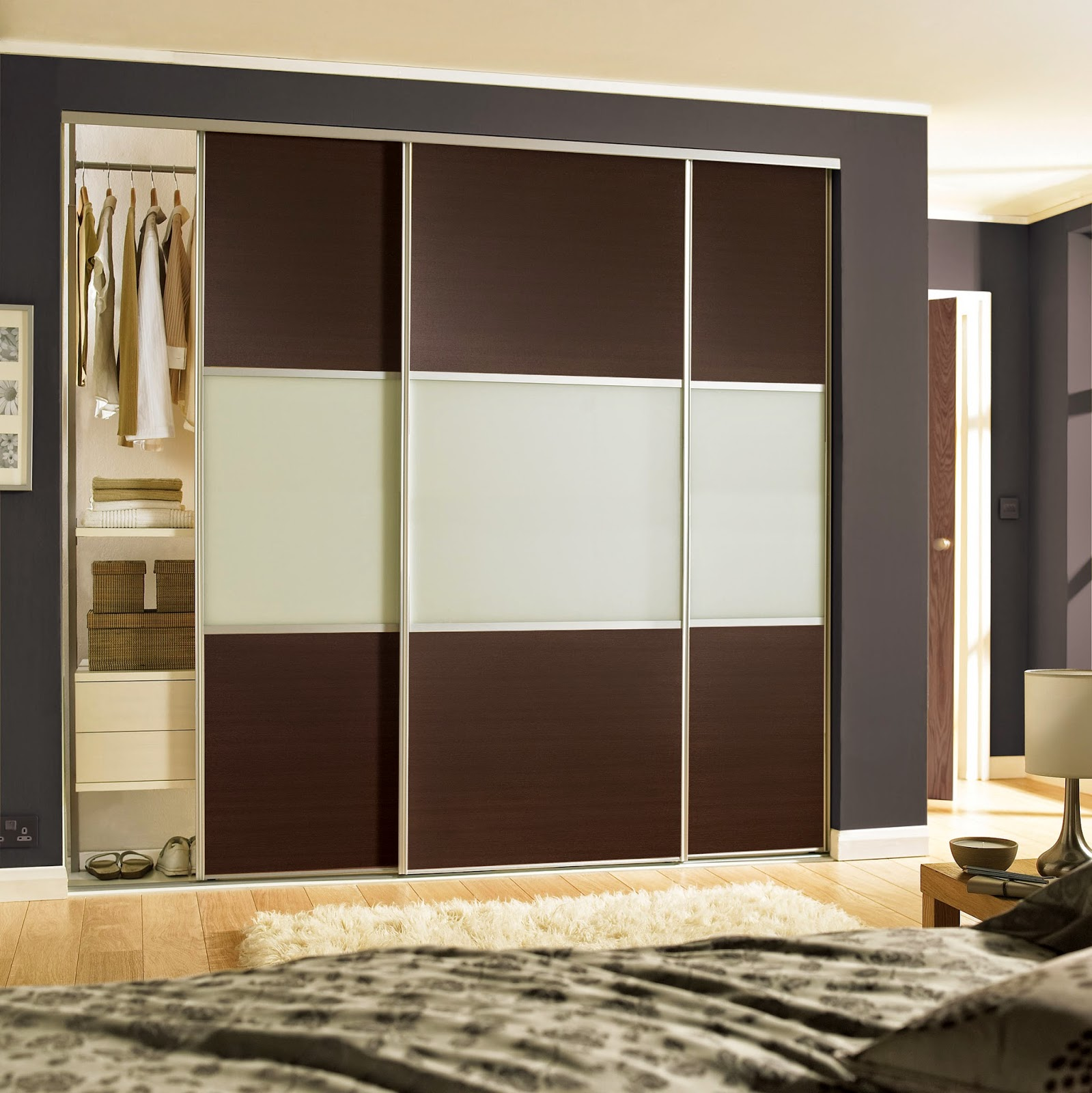 How To Make Built In Wardrobes With Sliding Doors: Bedrooms Plus Sliding Wardrobe Doors And Fittings: How To