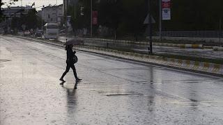 تحذير من هطول للأمطار في العديد من الولايات التركية