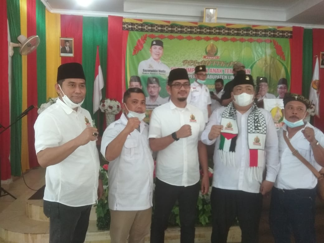 Ketua dan Wakil Ketua Kuliner Kecamatan Daik Lingga Menghadiri Pengukuhan DPD Perpat Kabupaten Lingga