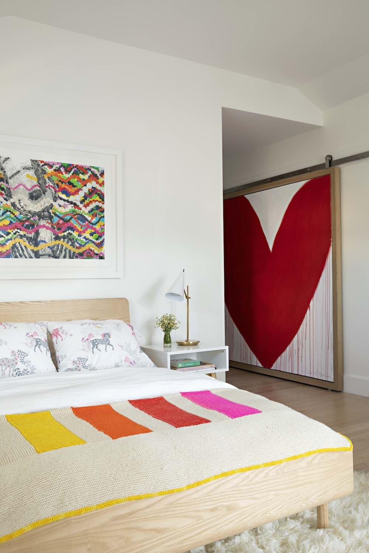 aranżację sypialni w stylu rustykalnym
