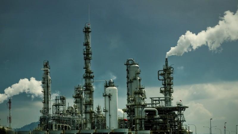 Маржа нефтеперерабатывающих заводов делает небольшой возврат