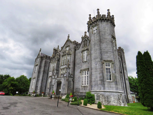Things to do near Athlone: Kinnity Castle Hotel