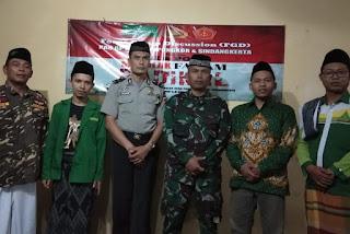 Ansor Sindangkerta dan Cipongkor Bahas Radikalisme bersama TNI-POLRI
