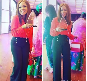 Actress Iyabo Ojo Looking Half Her Age At The Presidential Villa To Receive An Award.  (Pics)