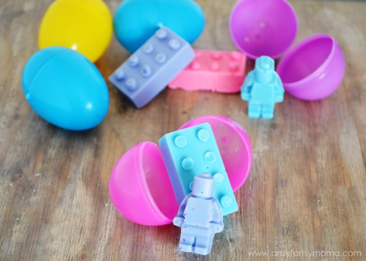 DIY Lego Chocolates at artsyfartsymama.com #giftidea #LEGO