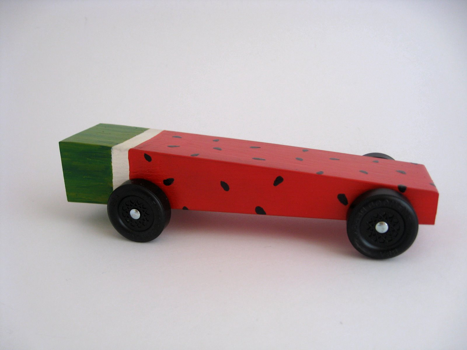 Pinewood Derby Car Design Ideas 1000 ideas about pinewood derby car templates on pinterest pinewood derby cars pinewood derby and derby cars Steve Went For A Much More Impressive Design Using Only The Very Bach S Blog Bach S Pinewood Derby Awesome Car