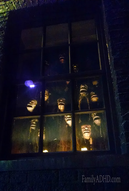 Knockturn Alley Diagon Alley Wizarding World of Harry Potter Orlando Tips & Review Family Travel 2015