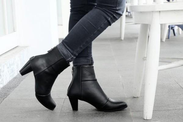 Perhatikan 5 Hal ini Saat Memilih Sepatu Boot Wanita