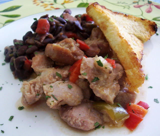 Pavo con Alubias (Turkey Beans) Receta