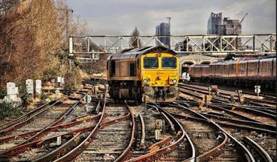 Il groviglio di piste a Clapham cantiere di commutazione, Londra, Inghilterra.