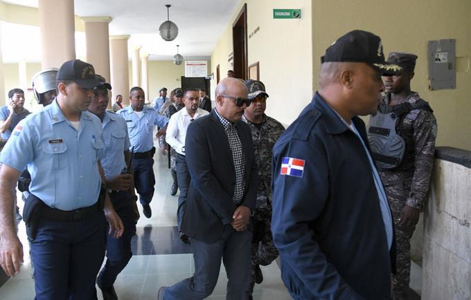 Resultado de imagen para general José Acosta Castellanos y el coronel Ángel Antonio Bautista Piña, ambos de la Policía Nacional, quienes están acusados