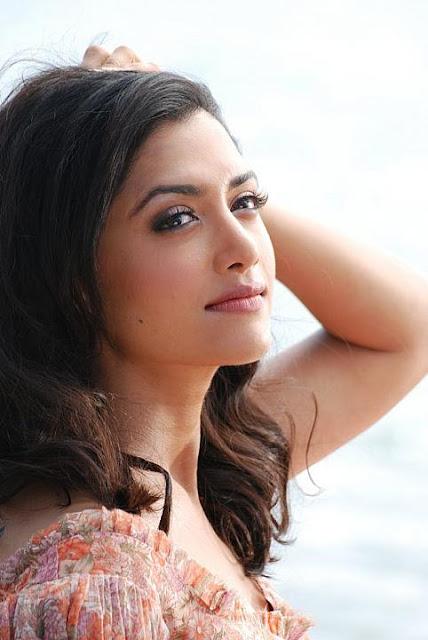 Mamatha Mohandas Tollywood Actress Latest Hot Pics Actress Trend