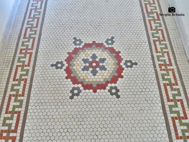 Palacete Basílio Jafet (piso pastilhado corredor térreo)