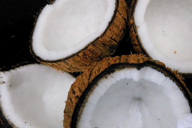 coconut face mask for pimple free glowing skin