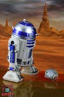 S.H. Figuarts R2-D2 48