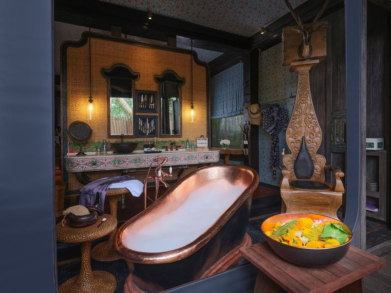 top 10 luxury hotels in ubud bali