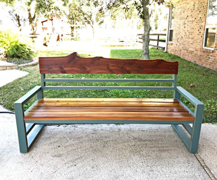 DIY bench or outdoor sofa with 2x4s