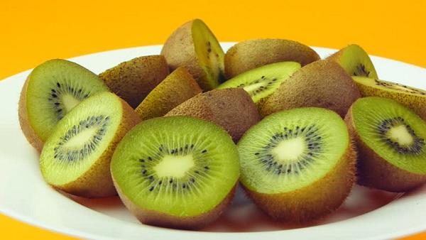 10 Khasiat Buah Kiwi Untuk Kesehatan
