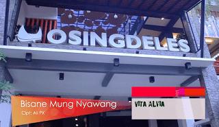 Lirik Lagu Bisane Mung Nyawang - Vita Alvia