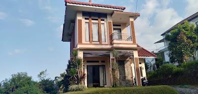 http://www.bookingvillabatumalang.com/2018/12/villa-kota-batu-malang-dekat-predator.html