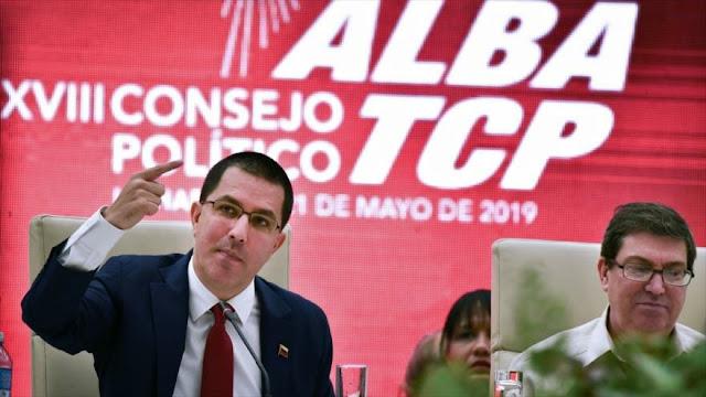 """Caracas tacha de """"absurdas"""" palabras de Bolton sobre Venezuela"""