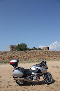 ruta en moto al Barco de Avila Castillo de Valdecorneja