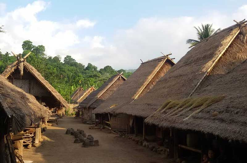 Desa Gumantar Adat Beleq Lombok