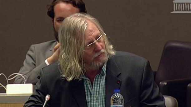 Le Pr Didier Raoult accusé de «faux témoignage» par l'AP-HP