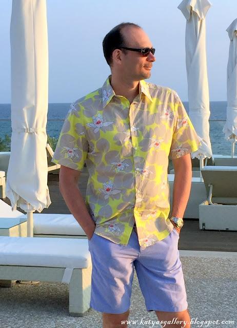 #hawaiian shirt at katyasgallery.blogspot.com