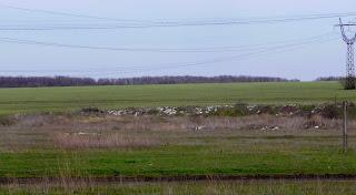 Новопавловка, Покровский р-н. Балка и ручей Солёненький, засыпанный мусором