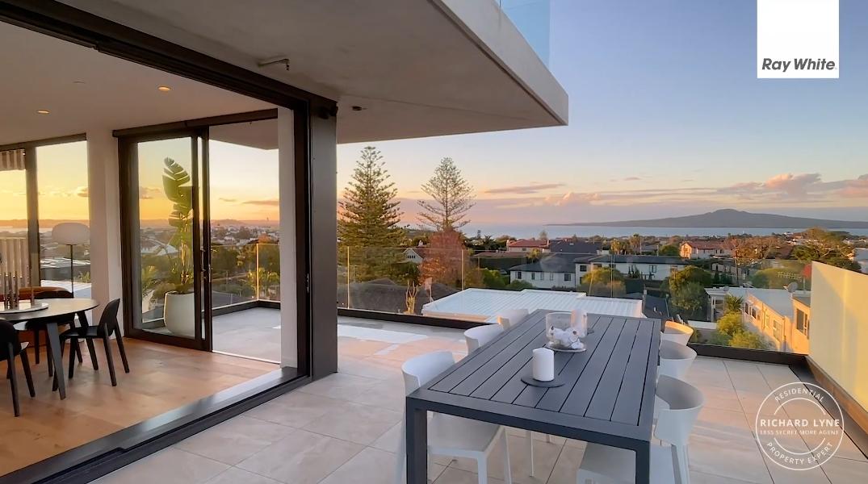 19 Interior Design Photos vs. 250 Kepa Rd #305, Mission Bay, Auckland Condo Tour