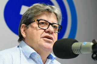 João Azevêdo anuncia pagamento do Abono Natalino a partir desta terça-feira para mais de 500 mil famílias