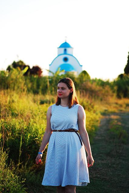 ab8ec668ef3559 Na wieczorne spacery o zachodzie słońca wybierałam głównie sukienki z  dzianiny, aby było super komfortowo. I pomyśleć, że kiedyś nie lubiłam  sukienek, ...