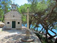 Crkvica sv. Rok, Pučišća, otok Brač slike