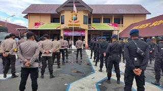 Memasuki Masa Tenang Pilkada, Pasukan Brimob Bone Tiba di Polres Back Up