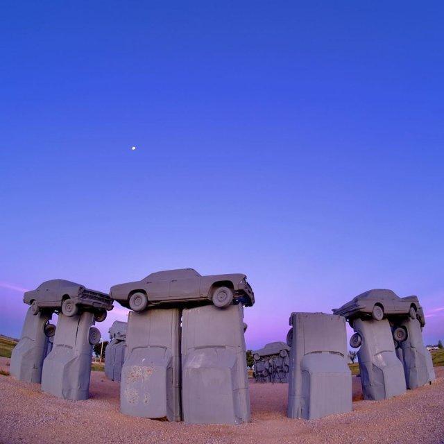 Nebraska (Alliance) - analogue of Stonehenge from cars