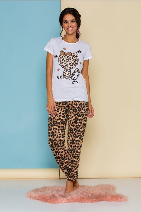 Pijama femei cu tricou alb si pantaloni animal print