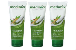 Medimix Face Wash 100 ml (Pack of 3) For Rs 184 at Snapdeal