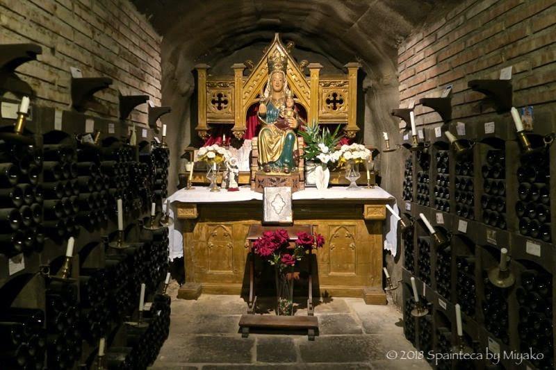 Bodega Valdelana ボデガ・バルデラナの地下に貯蔵されているマリア像
