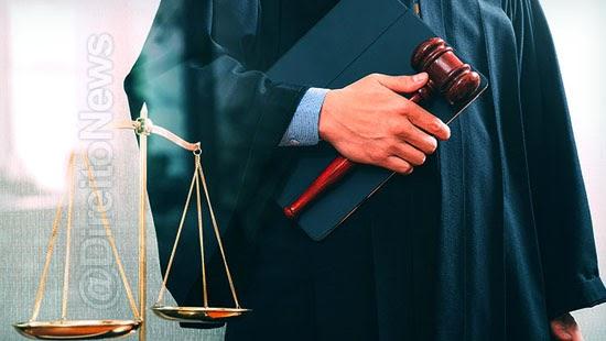 juiz suspeito processo razoes foro intimo