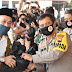 TNI-Polri Bagikan 10 Ribu Sembako Untuk Warga Surakarta