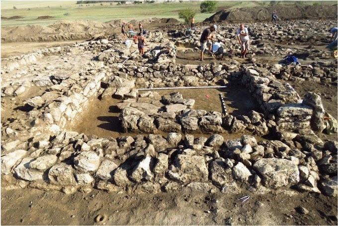 Κριμαία :Ρώσοι αρχαιολόγοι αποκάλυψαν αρχαίο ελληνικό οικισμό του 4ου αι.π.Χ.