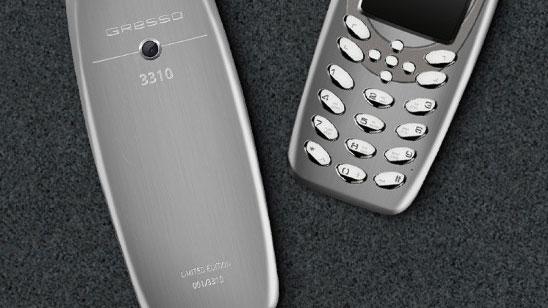 Handphone Ini Kelihatan Biasa, Tetapi Harganya Yang Luarbiasa Setara 4 iPhone 7 Plus