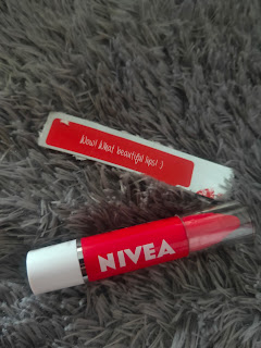 Review Nivea Lip Crayon