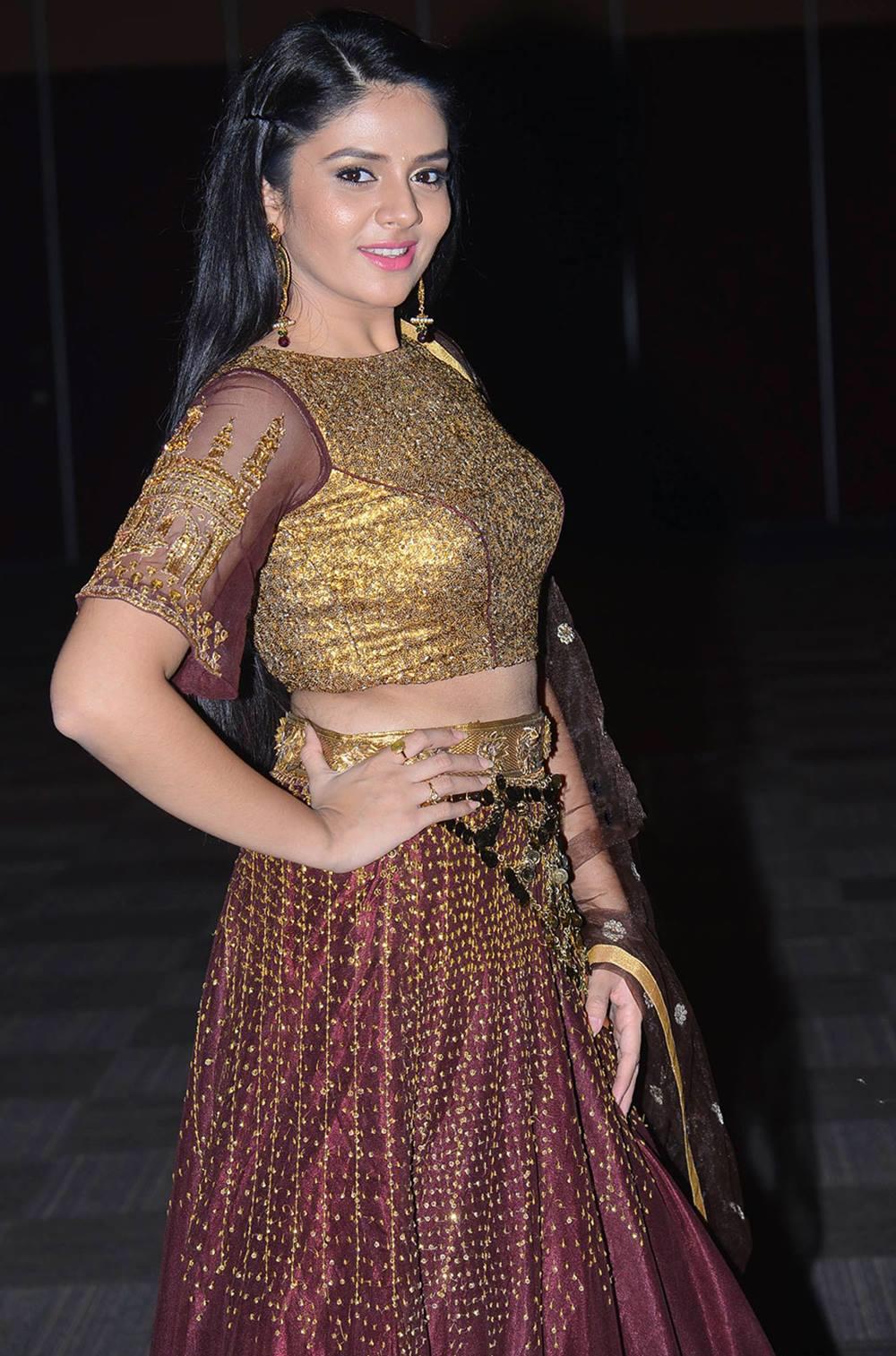 Tv Anchor Sreemukhi Long Hair In Maroon Half Saree Tollywood Stars