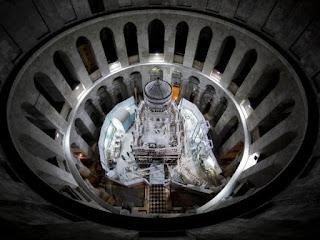 http://www.nationalgeographic.es/ciencia/sepultura-de-cristo-al-descubierto