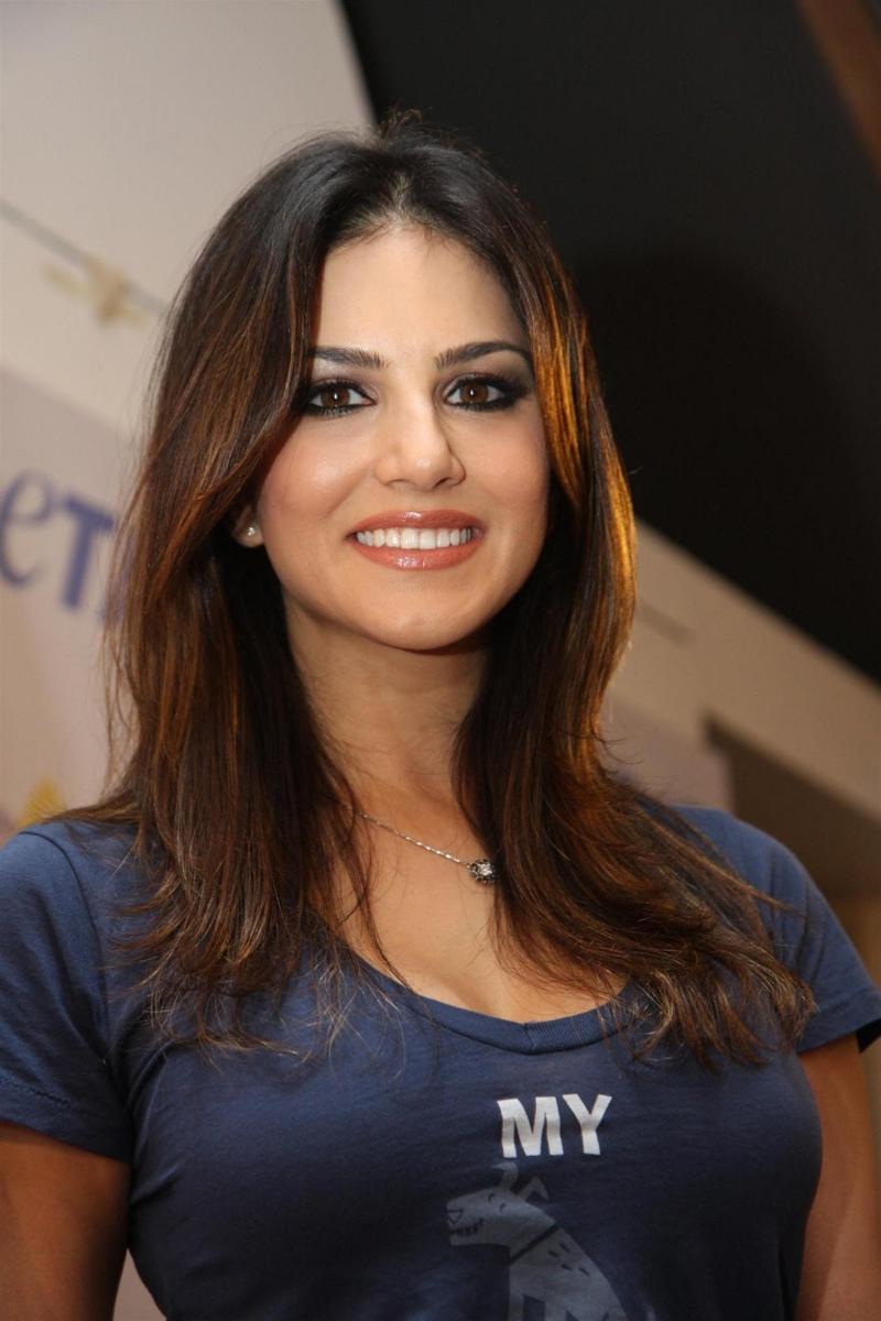 Pornstar Sunny Leone Hd Video