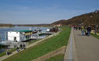 http://fotobabij.blogspot.com/2016/04/kazimierz-dolny-przystan-bulwar-statki.html